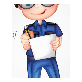 Un policía con una pluma y un papel membrete a diseño