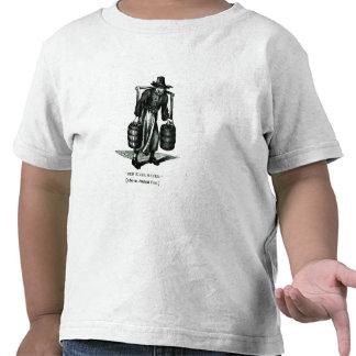 Un portador de agua camisetas