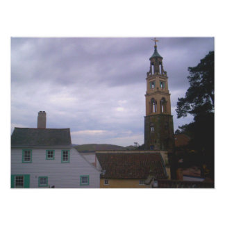 Un poster (más ancho) de la torre de Portmeirion