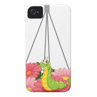 Un pote colgante con plantas y un gusano Case-Mate iPhone 4 cobertura