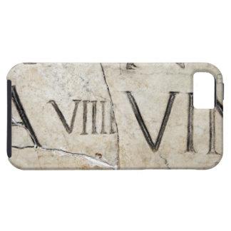 Un primer de letras romanas antiguas en el mármol iPhone 5 Case-Mate cobertura