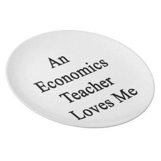 Un profesor de la economía me ama plato de cena