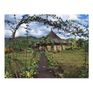 Un pueblo en las montañas, Goroka, Papua nueva Tarjetas Postales