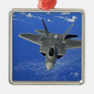 Un rapaz de la fuerza aérea de los E.E.U.U.F-22 en Adorno Navideño Cuadrado De Metal