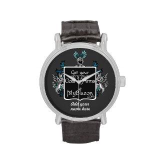 Un reloj adornó con su muy posee el escudo de