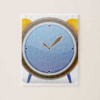 Un reloj rompecabeza con fotos