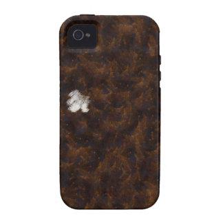 Un remiendo del blanco rodeado por el marrón iPhone 4/4S funda