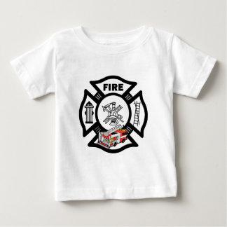 Un rescate rojo del coche de bomberos remeras