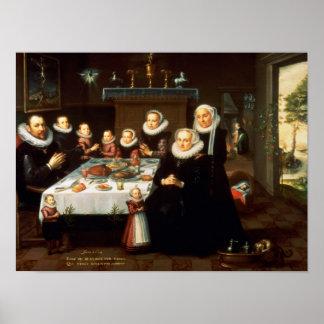 Un retrato de una familia que dice tolerancia ante posters
