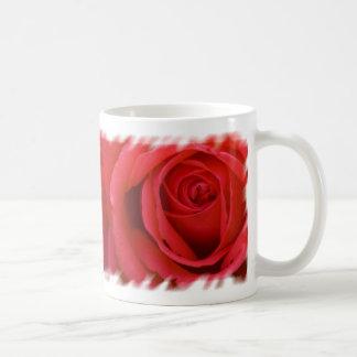 Un rosa rojo para usted taza de café
