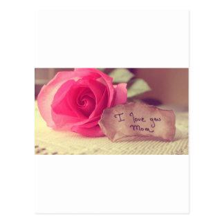 Un rosa rosado hermoso dice cumpleaños de la Yo-Am Postales