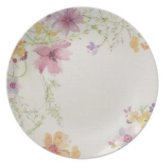 Un servicio de mesa a partir de 5 platos a juego