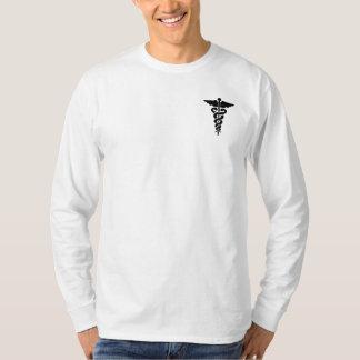 Un símbolo médico camisas