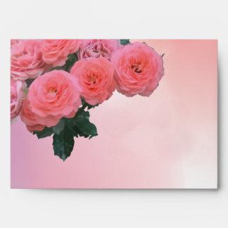 Un sobre del ramo de 7 rosas rojos ningún #17