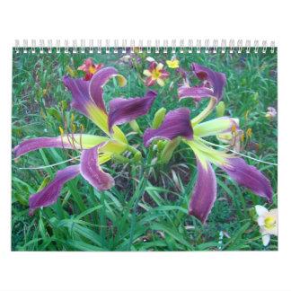 Un tacto de los Daylilies de Sun Calendario De Pared
