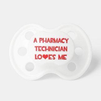 Un técnico de la farmacia me ama chupete