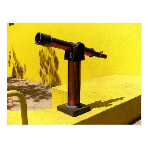 Un telescopio tarjetas postales