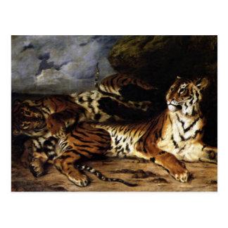 Un tigre joven con su madre tarjetas postales