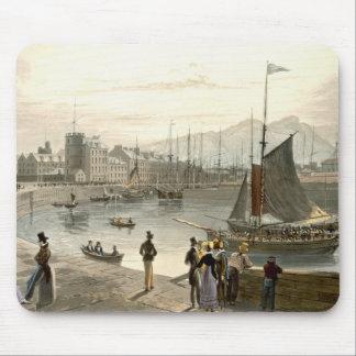 Un transbordador que llega Leith, 'de un viaje alr Tapetes De Ratones