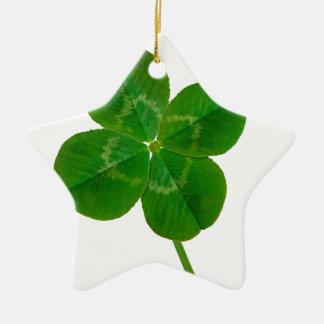 Un trébol de cuatro hojas adorno navideño de cerámica en forma de estrella