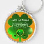 Un trébol irlandés viejo de la bendición llavero personalizado