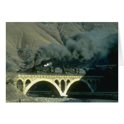 Un tren del aceite para Maden se acarrea de nea de Felicitación