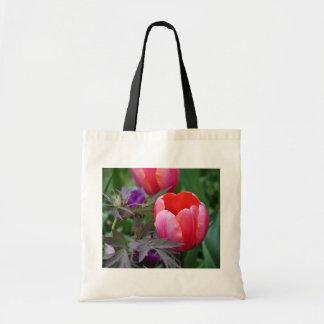 Un tulipán y otro sale de II Bolsa