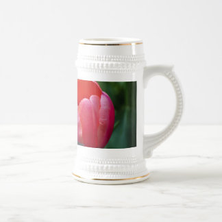 Un tulipán y otro se va tazas de café
