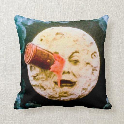 Un viaje a la luna (mano teñida) almohadas