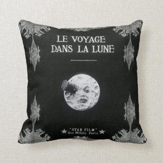 Un viaje a la luna o al la Lune de los dans de Le Cojín