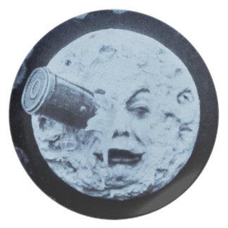Un viaje a la luna plato