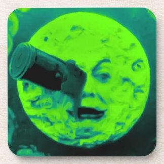 Un viaje a la luna posavasos de bebida