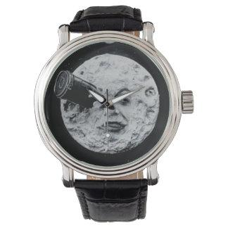 Un viaje a la película del vintage de la luna reloj de mano