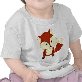Un zorro rojo lindo camiseta