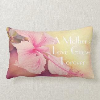 Una almohada de tiro del amor de madre