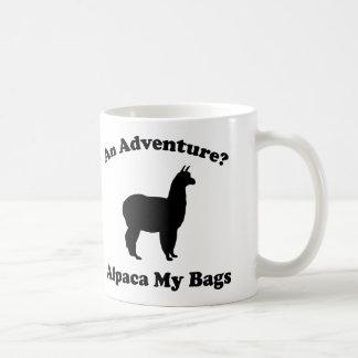 ¿Una aventura? Alpaca mis bolsos Taza Básica Blanca