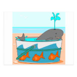 Una ballena en un cubo postales