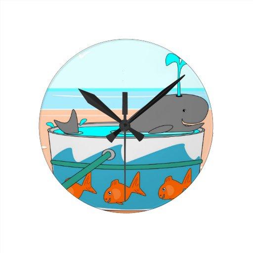 Una ballena en un cubo reloj