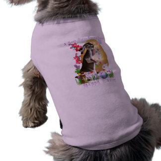 Una buena ropa (indicada con letras) del mascota d playera sin mangas para perro