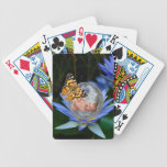 Una burbuja linda de la mariposa del lirio del beb baraja de cartas