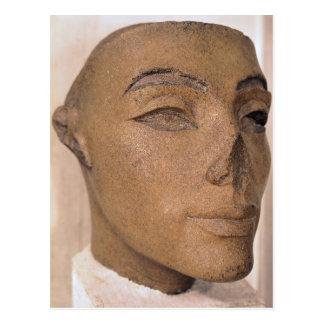 Una cabeza real, posiblemente de Nefertiti, de Tarjetas Postales