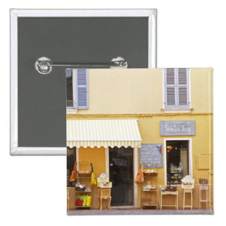 Una calle de mercado en la ciudad vieja con una ti pin cuadrado