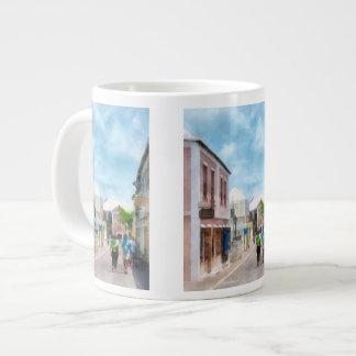 Una calle en Bermudas de San Jorge Taza De Café Grande