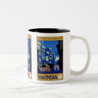 """Una calle por taza india del poster del viaje del"