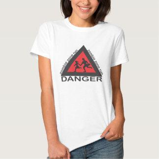 una camisa para recordarle correr de zombis