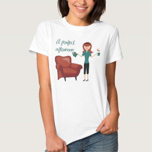 Una camiseta perfecta de la tarde