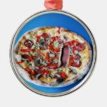 Una cara real de la pizza adorno de reyes