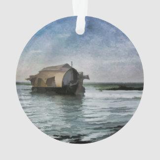Una casa flotante que se mueve a través de una