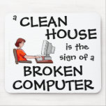 Una casa limpia es la muestra de un ordenador queb alfombrillas de raton