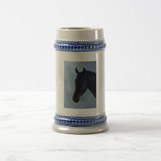 Una curiosidad de los caballos jarra de cerveza